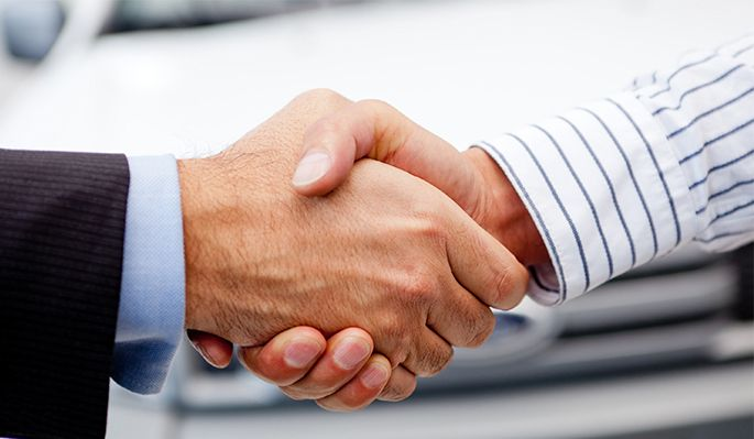 shaking-hands.jpg.pagespeed.ce.fppHcSoJdk